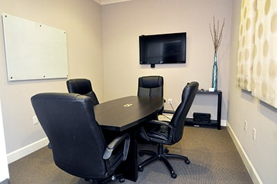 Small conference room rental commercial office lease in for Small room rental